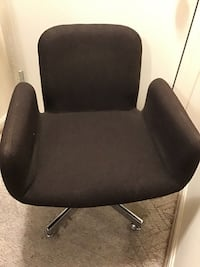 Midcentury modern swivel chair by Castelli Gaithersburg, 20878