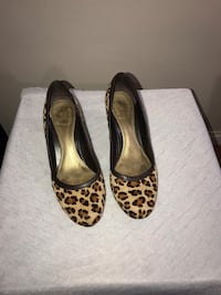 Zara round toe leopard hair-calf pumps size 8 New York, 11217