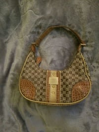 Liz Claiborne purse Arlington, 22201
