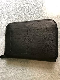 Tumi Leather Travel Zipper Wallet. Was $200 new