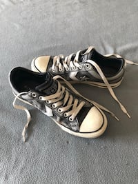 Converse taille : 40