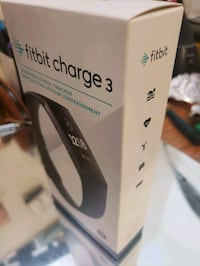 Bnib Fitbit 3 watch and health manager retail $200 ask $120 Winnipeg, R3E 2Z5