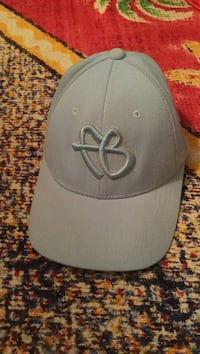 gray and black New York Yankees fitted cap Summerland, V0H