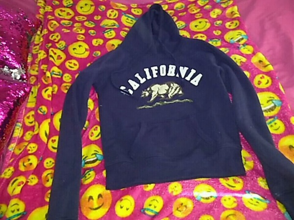 California hoodie size small