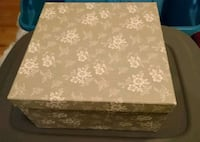 brown and white floral mattress Longueuil, J4J 1M4