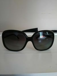 black framed oversize sunglasses Concord, 30206