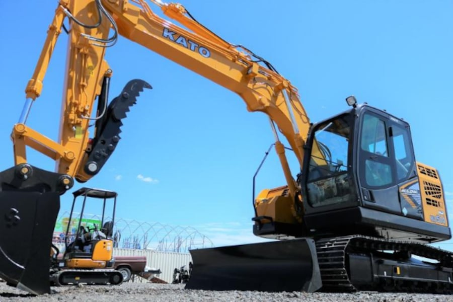 2020 KATO KATO HD514MR-7 Excavator with Blade d799fbaa-7759-4941-8e8f-2d7aaba30909