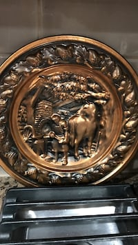 2 bronze color horse printed decorative plates Camden, 19934