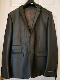 black notch lapel suit jacket Vaughan, L6A 0K3