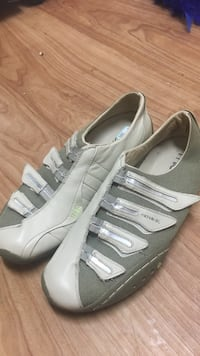 pair of gray Adidas low-top sneakers Spokane Valley, 99216