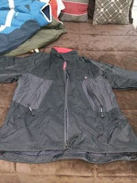 gray and black zip-up jacket 34 km