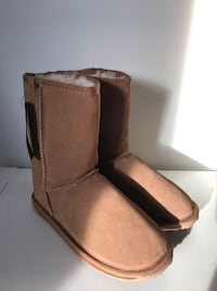 NEW EMU Sz 36 chestnut brown sheepskin boots Toronto, M5S