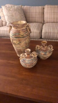 Terra cotta pots (set of 3) Mississauga, L5M 5T7