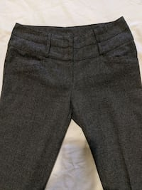 Dark Grey small checkered dress pants size 2 to 4 hardly worn gained w Calgary, T2E 0B4