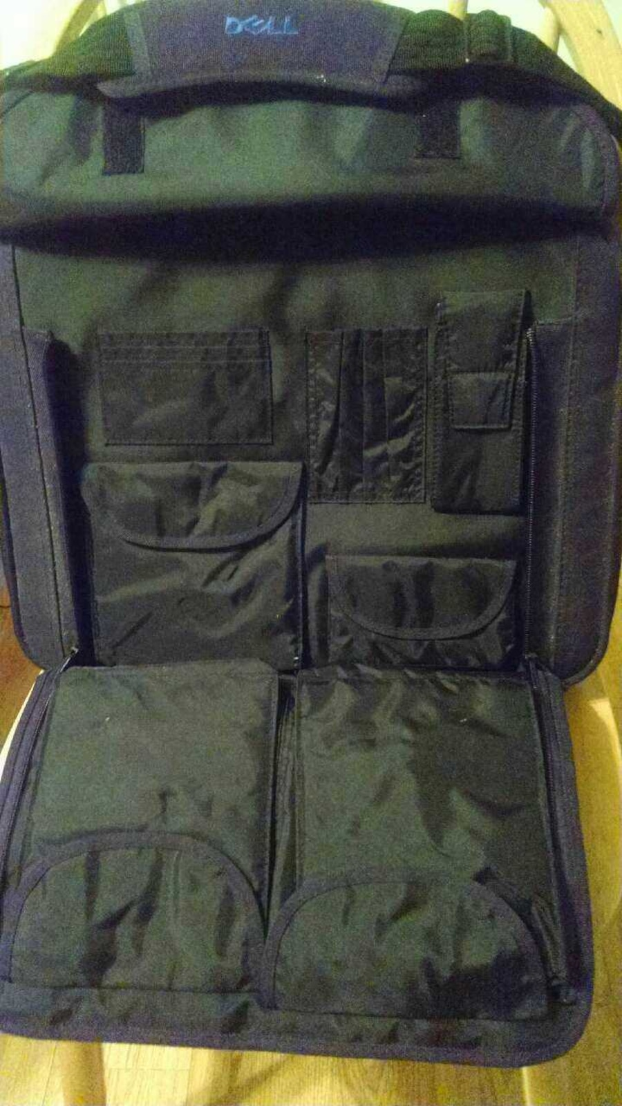 Black and leather Dell laptop case great condition - Toms River