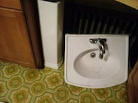 Pedestal sink 2 foot wide the base is 28 inches tall Baltimore, 21224