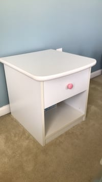 Girl's night stand sturdy, and smooth drawer operation Bristow, 20136