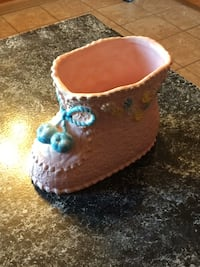 Ceramic baby boot container Camp Hill, 17011