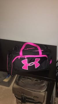 Black and pink under armour duffel bag District Heights, 20747
