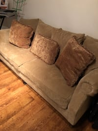 Couch for sale???????? STAFFORD