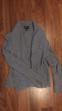gray button-up cardigan Ottawa, K0A 3P0