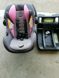 baby's gray and pink car seat carrier China Spring, 76633