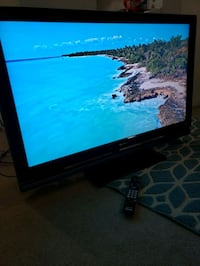 "40"" Samsung flatscreen TV 1080p full HD"