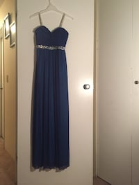 Size small prom dress Surrey, V3V 4L6