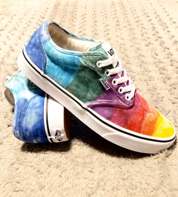 Vans Rainbow Tie Dye shoes paid $80 Size 9.5 Like new! Women's size 11 0ec4073c-5191-4b00-ae4d-c730135629ca