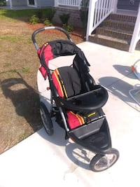 baby's black and red jogging stroller Chesapeake, 23321