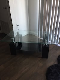 Rectangular clear glass-top center table with black base Las Vegas, 89119