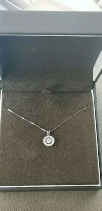 Diamond pendant necklace Minneapolis, 55449