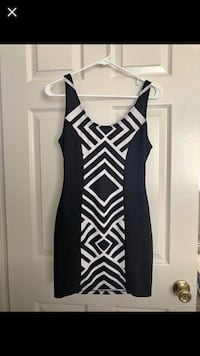 black and white sleeveless dress Manassas Park, 20111