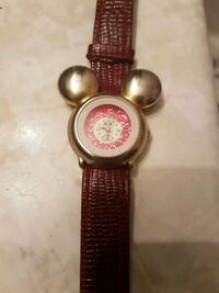 Vintage  Mickey crystal  watch Whitby, L1N 8X2