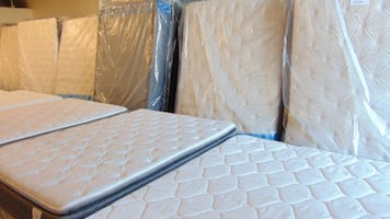 Truck Load QUEEN Mattress Clearing Event