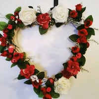 white and red floral wreath Hampton, 23666