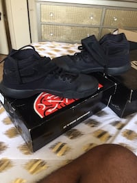 Kyrie 2 size 8.5 Baltimore, 21215
