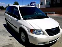 Chrysler - Town and Country - 2005