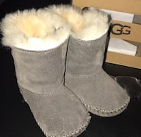 Gray infant UGGS Carterville, 62918
