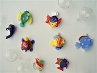 8 UNIQUE VINTAGE HAND MADE GLASS WINE CHARMS, DRINK MARKERS OTTAWA
