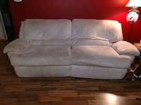 Electric Reclining Couch Lansing, 48912
