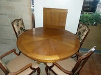 Dining room table with 8 chairs Spokane, 99202