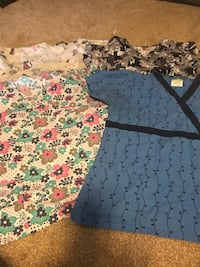 *reduced price*—>11 scrub tops for $10 London, N6L