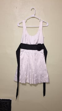 Black and white semi-formal dress in size 5
