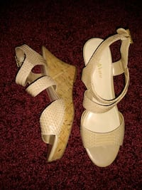 Ladies sandals size 8 1/2 M Shrewsbury, 17361