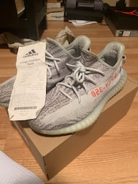 Yeezy 350 v2 blue tint Burlington, L7P 0A9