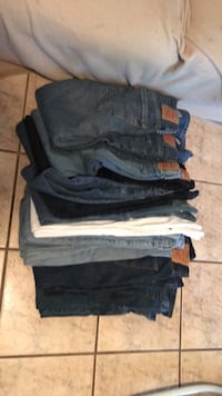 Levi and other b jeans 29-34 by 30  Yuma, 85365