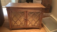 Brown wooden compact cabinet Los Angeles, 90049
