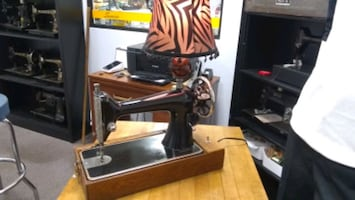 Sewing machines lamp