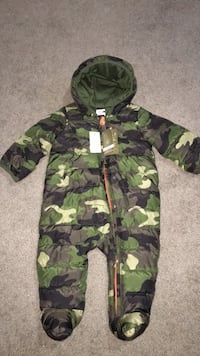 Baby Gap snow suite, brand new tags still attached Edmonton, T5T